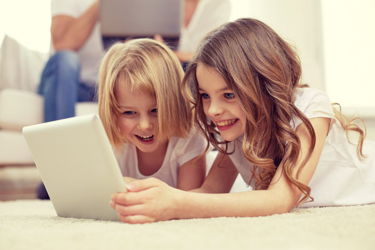 Screen-Time-Family-Dilemmas-What-to-do-About-it